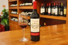 进口红酒批发市场发展怎么样